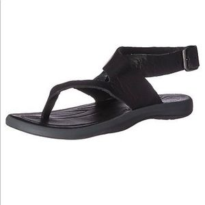 Columbia Womens size 7 Caprizee Leather Sandals